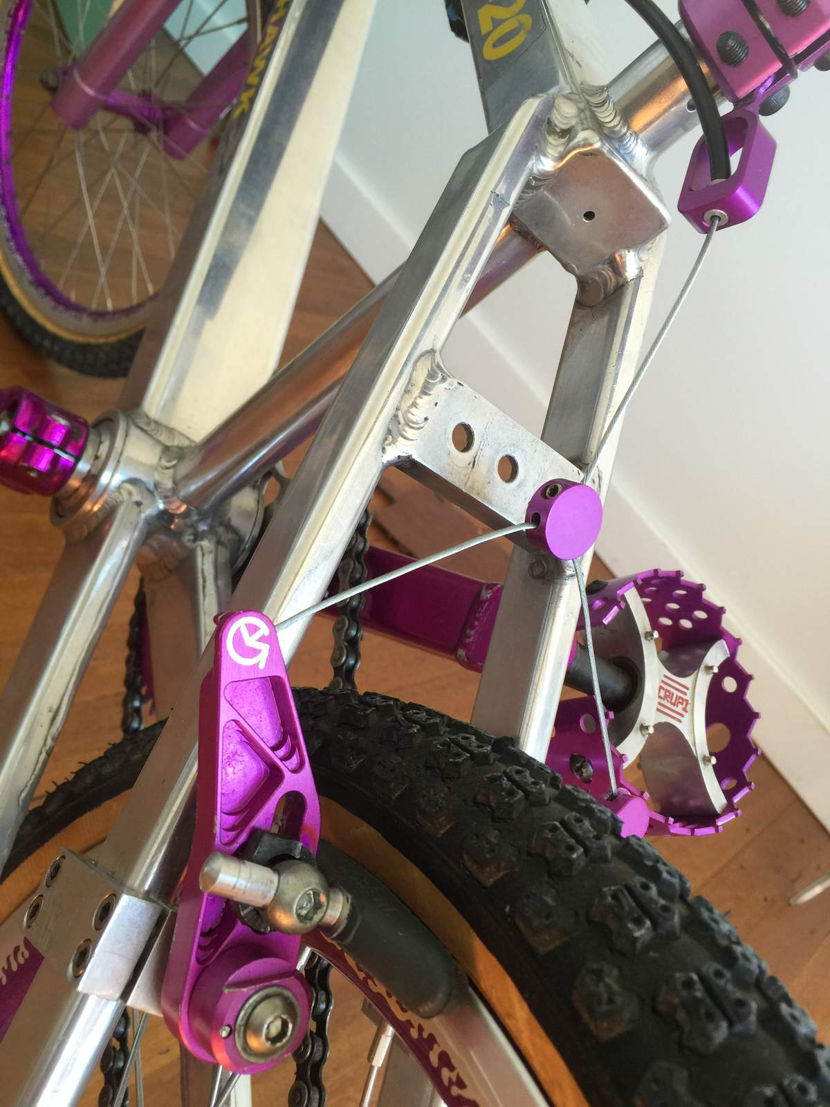 http://uploads.bmxmuseum.com/user-images/60004/image59a62cbed7.jpeg