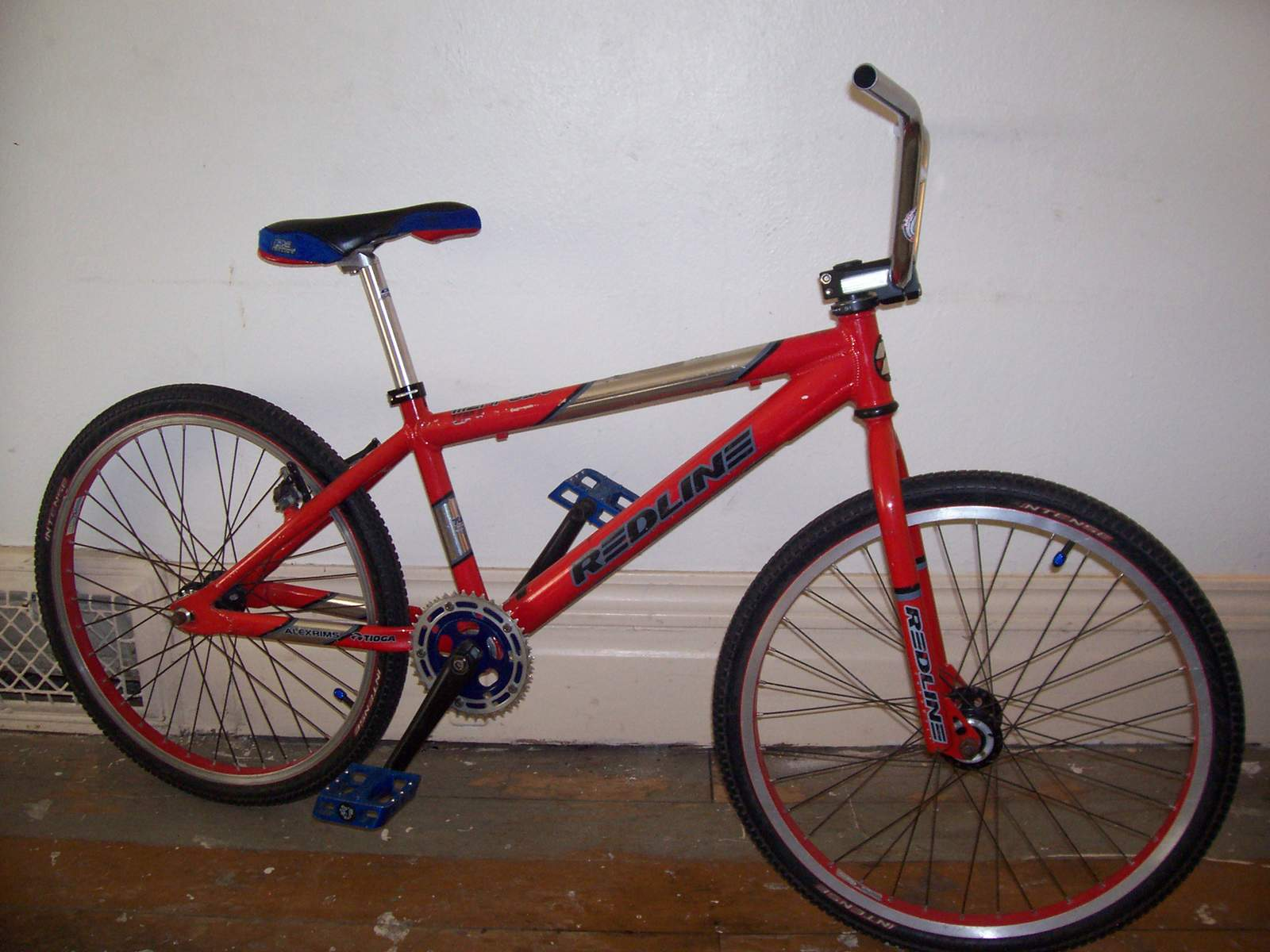 http://uploads.bmxmuseum.com/user-images/61851/100_6655581f05c55a.jpg