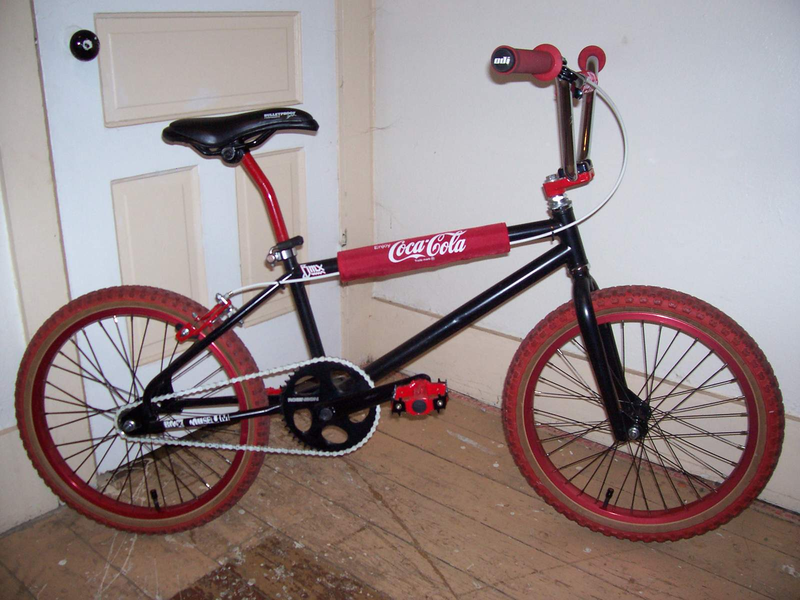 http://uploads.bmxmuseum.com/user-images/61851/100_6693581ef93690.jpg
