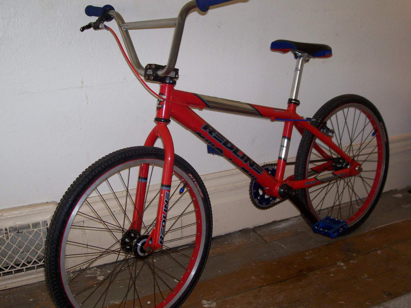 http://uploads.bmxmuseum.com/user-images/61851/100_6706582201ff9c.jpg