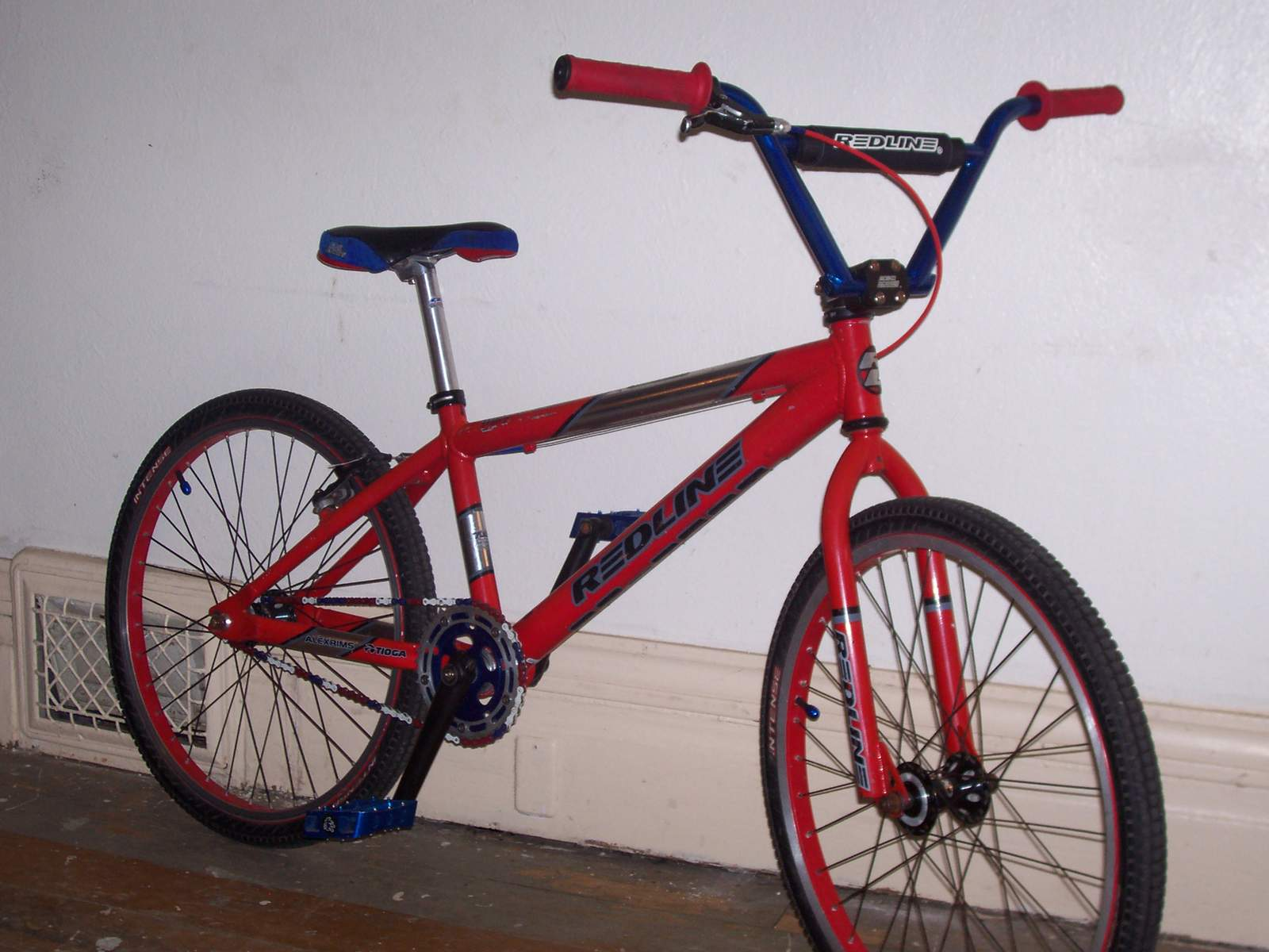 http://uploads.bmxmuseum.com/user-images/61851/100_6750582585d657.jpg