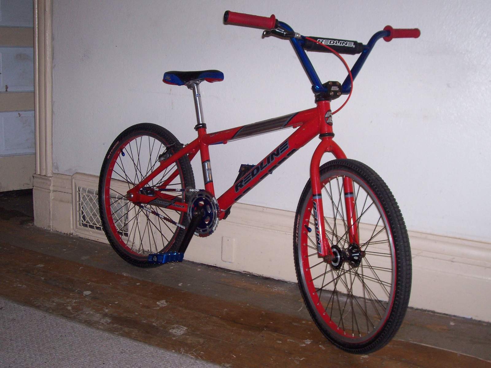 http://uploads.bmxmuseum.com/user-images/61851/100_6751582585d5b2.jpg