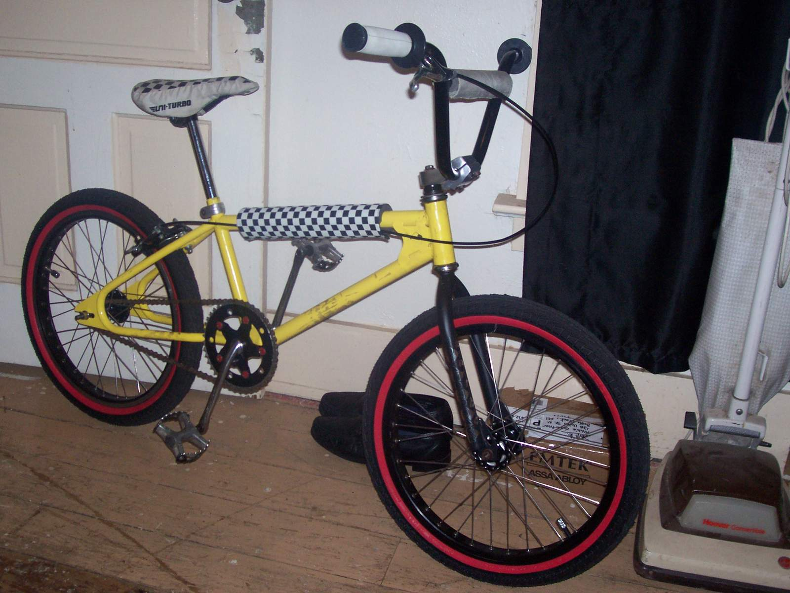 http://uploads.bmxmuseum.com/user-images/61851/100_6950584225c650.jpg