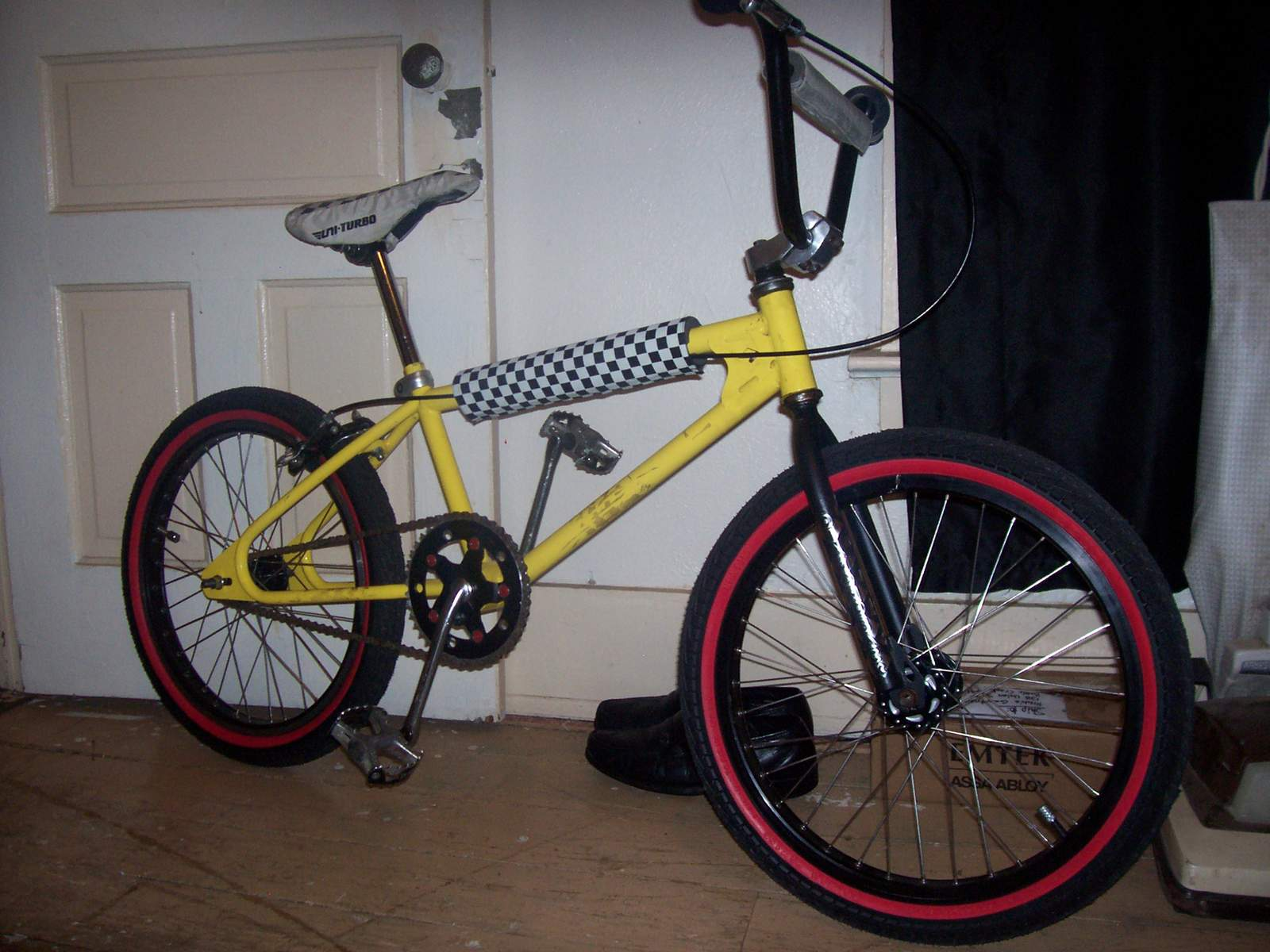 http://uploads.bmxmuseum.com/user-images/61851/100_6952584225ccbc.jpg
