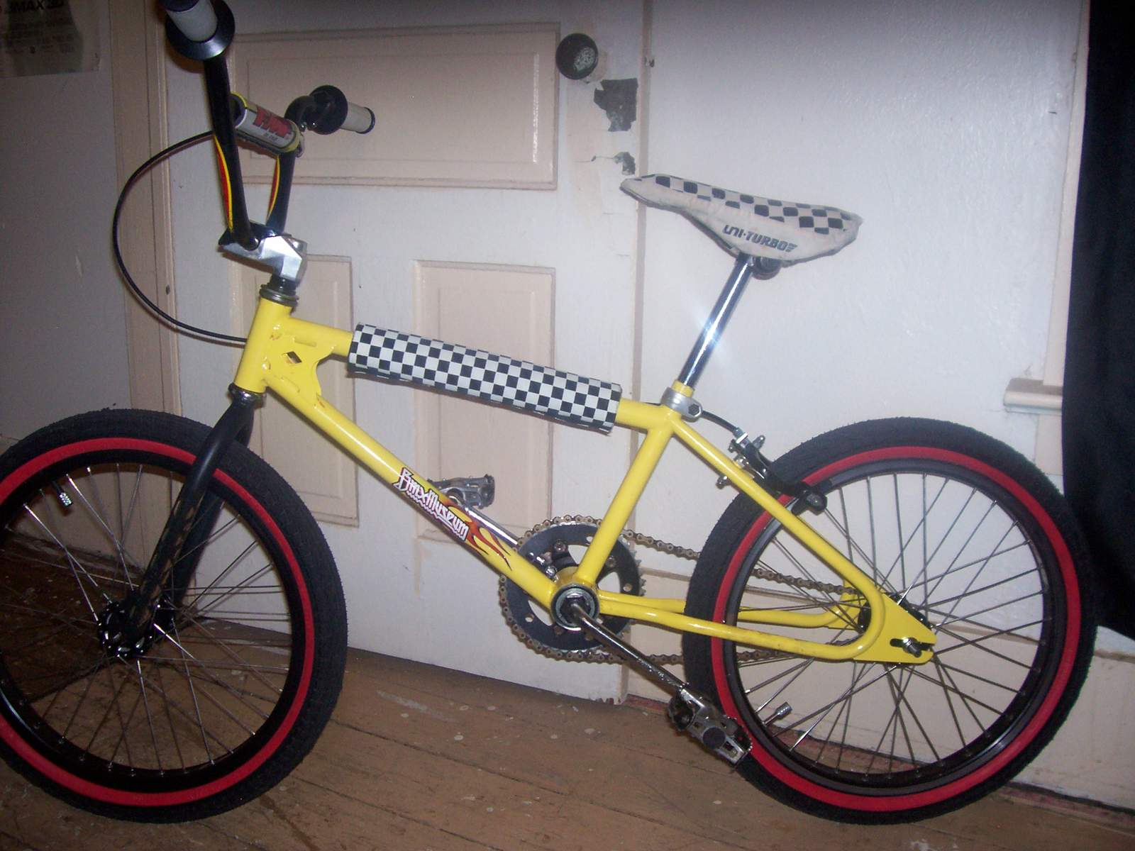 http://uploads.bmxmuseum.com/user-images/61851/100_696158426a08e1.jpg