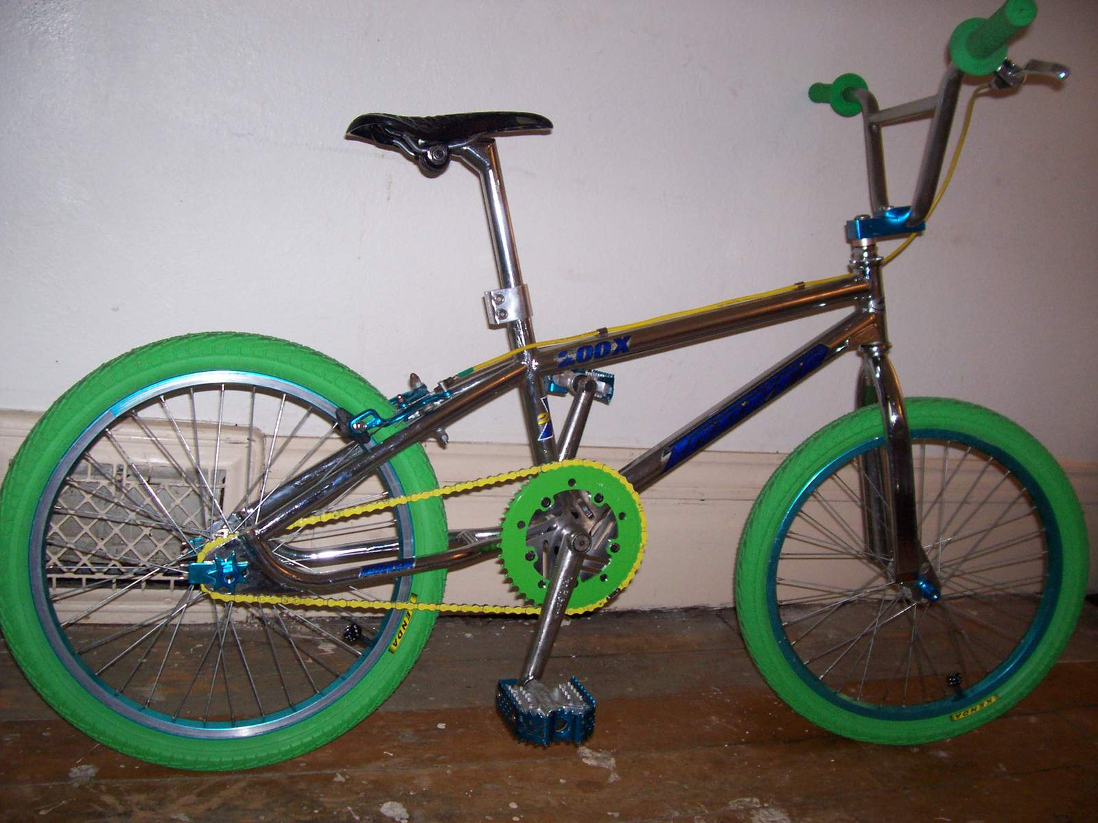 http://uploads.bmxmuseum.com/user-images/61851/100_7241585e7a6d6958a80ace80.jpg