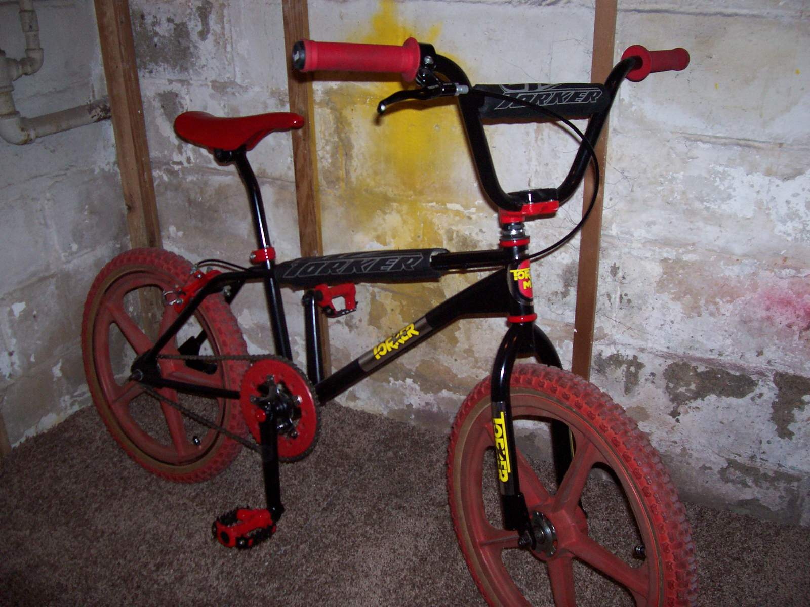 http://uploads.bmxmuseum.com/user-images/61851/100_802458d663f12f.jpg