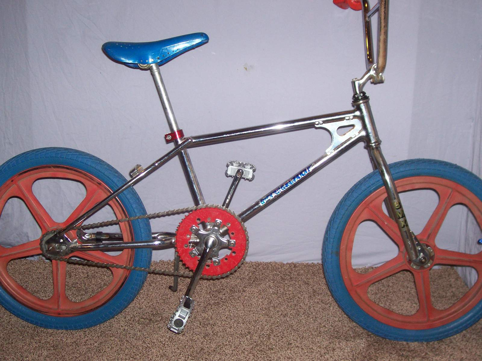 http://uploads.bmxmuseum.com/user-images/61851/100_970259a538d444.jpg