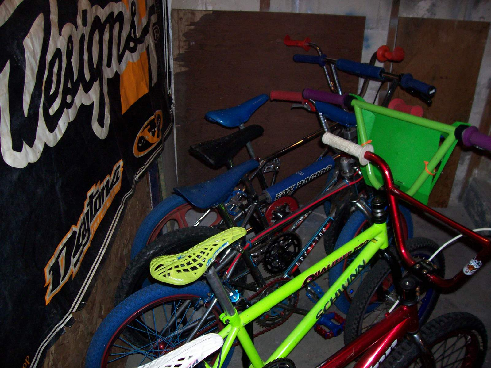 http://uploads.bmxmuseum.com/user-images/61851/100_979059a901e459.jpg