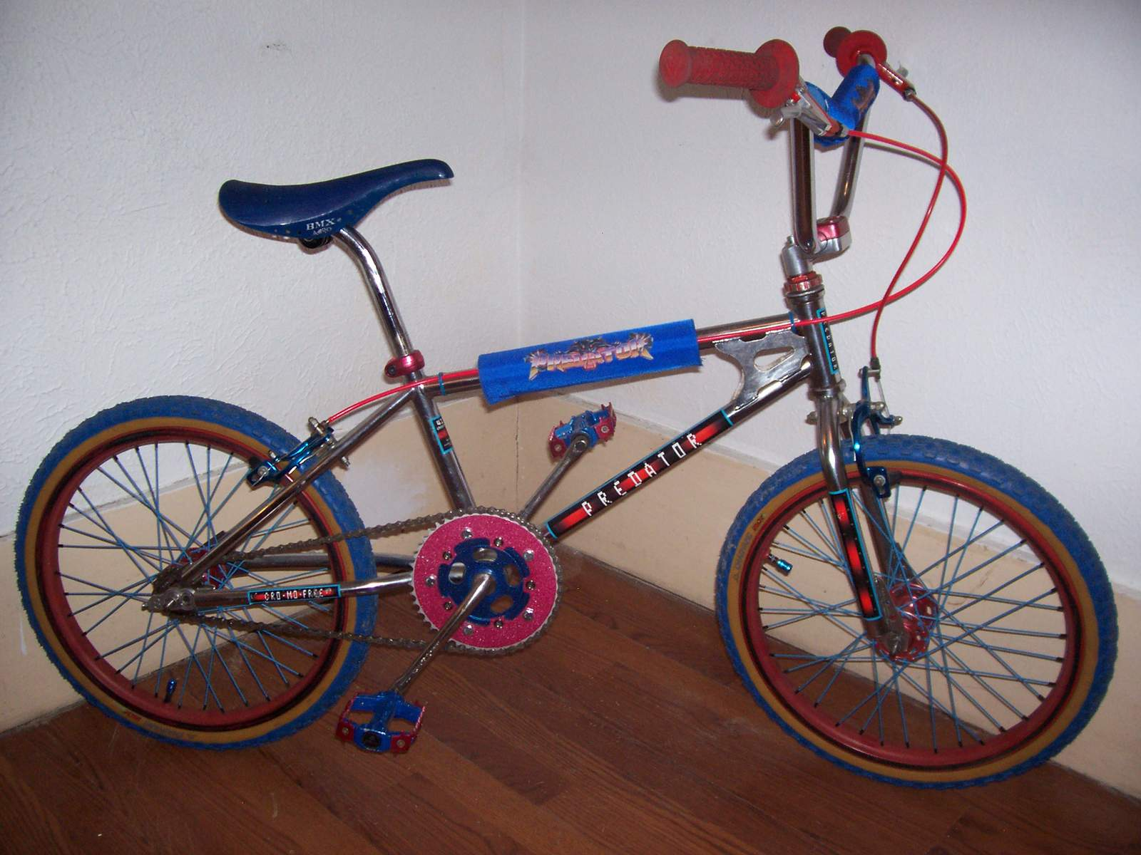 http://uploads.bmxmuseum.com/user-images/61851/101_45495ab20bf782.jpg