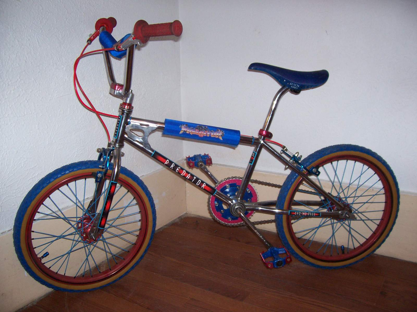 http://uploads.bmxmuseum.com/user-images/61851/101_45575ab20bf705.jpg