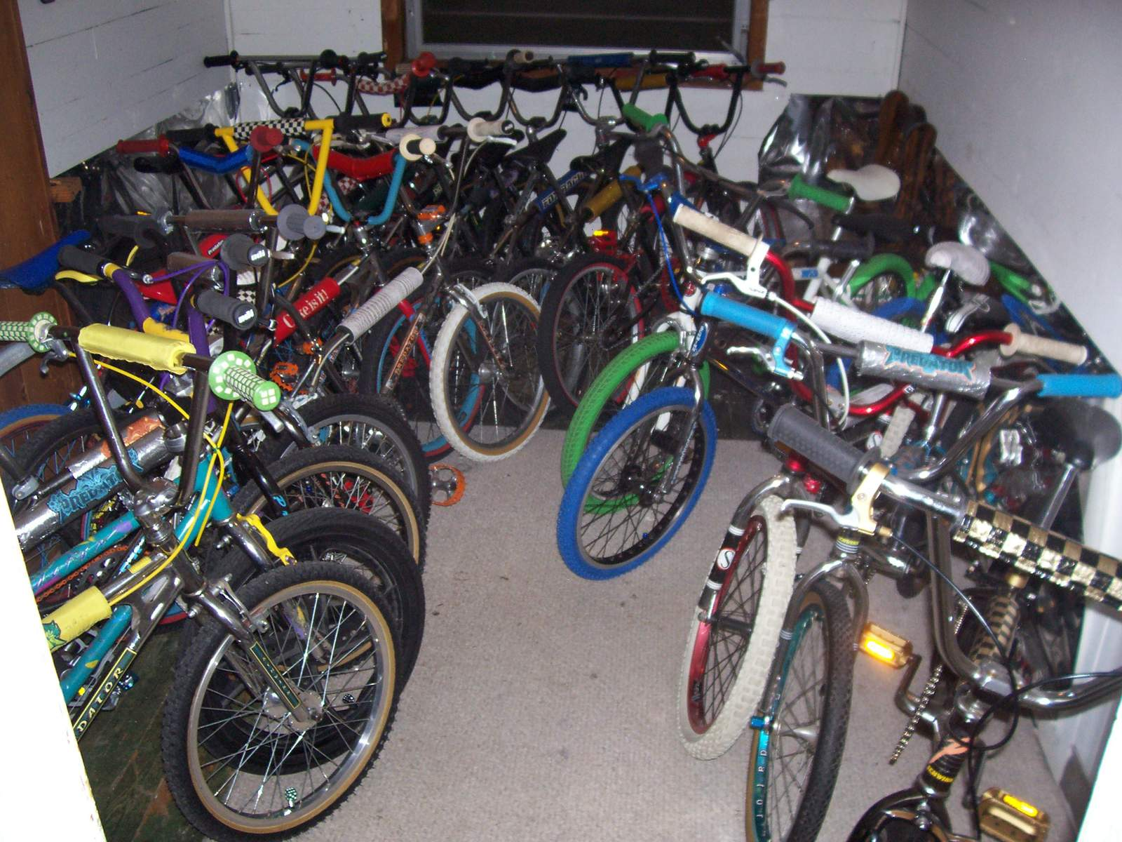 http://uploads.bmxmuseum.com/user-images/61851/101_69565b812365b3.jpg