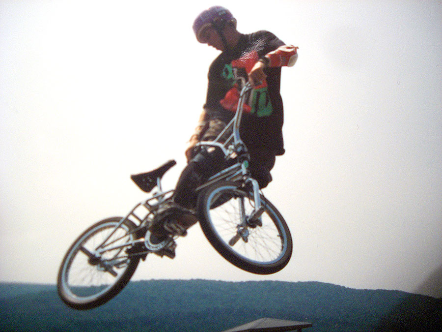 http://uploads.bmxmuseum.com/user-images/7439/matt_woodward258368f86ac.jpg