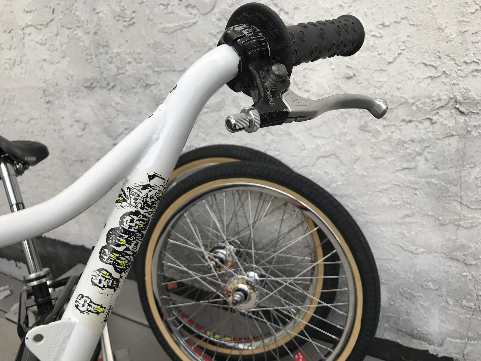 http://uploads.bmxmuseum.com/user-images/7439/wal_build_05_2hipsociety591ce77b49.jpg
