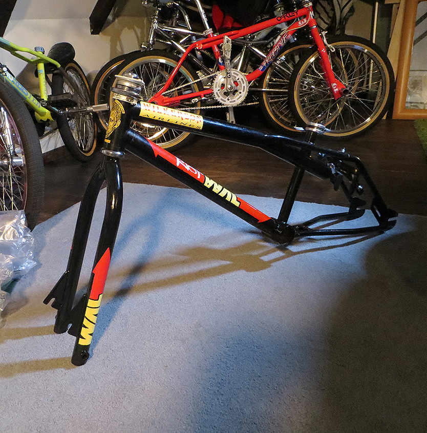 http://uploads.bmxmuseum.com/user-images/7439/wal_build_headset-gyro2570bb7bb43.jpg