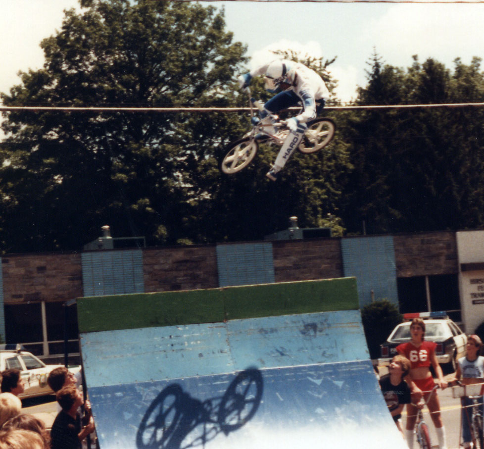 http://uploads.bmxmuseum.com/user-images/74614/6-15c874ee229.jpg
