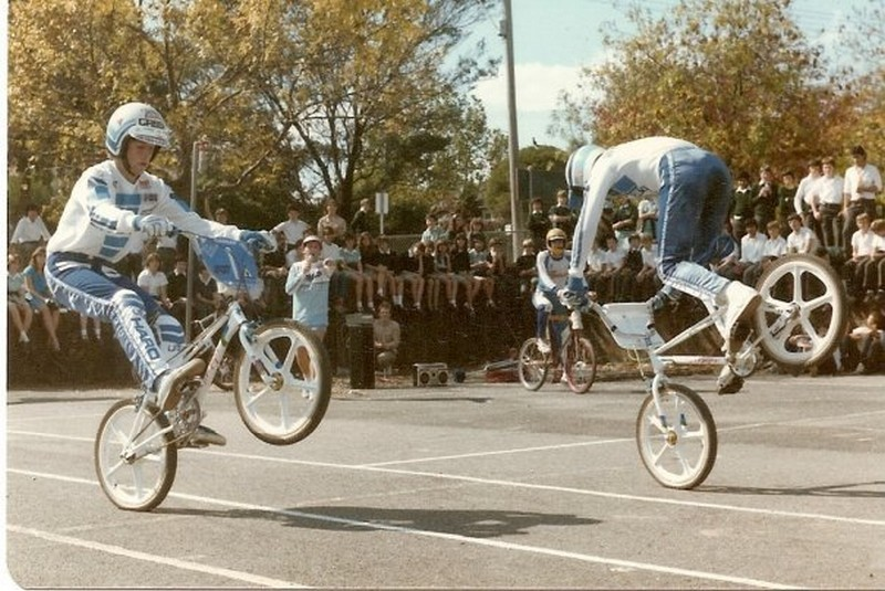 http://uploads.bmxmuseum.com/user-images/74614/oz-84-bob-and-steve5c874fcd51.jpg