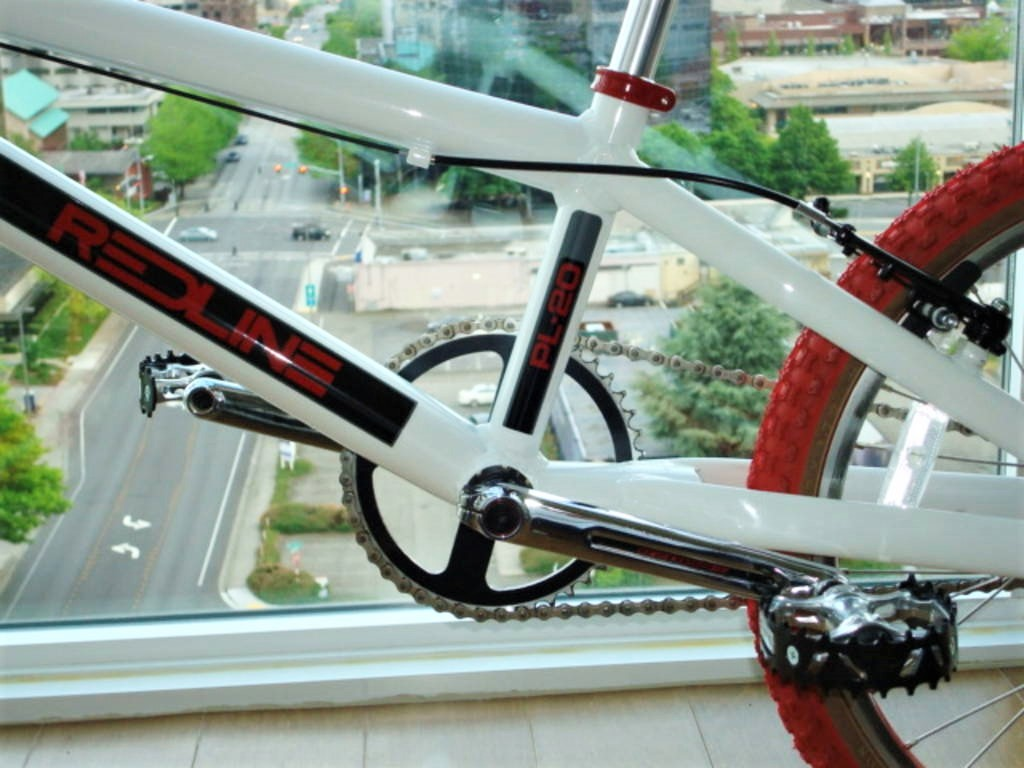 http://uploads.bmxmuseum.com/user-images/80817/dsc01111_copy2_blowup5bfec665cb.jpg