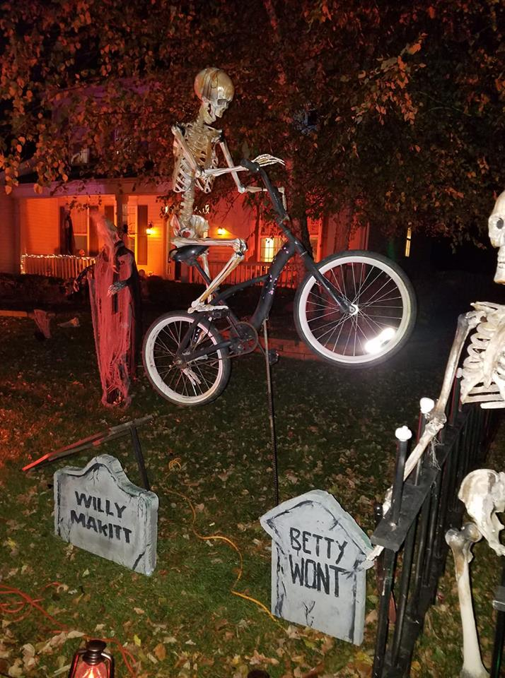 http://uploads.bmxmuseum.com/user-images/84598/halloween5bd069f58f.jpg