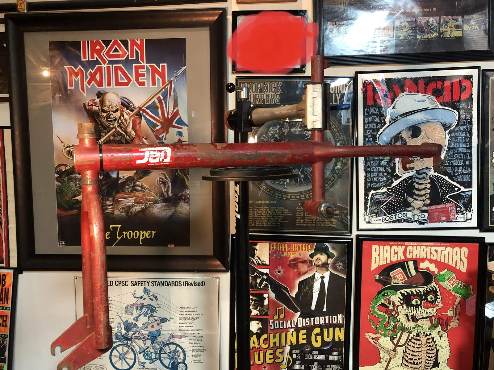 http://uploads.bmxmuseum.com/user-images/8595/090d45ed-9c94-4272-900d-9ab5c824c82e5c45d00638.jpeg