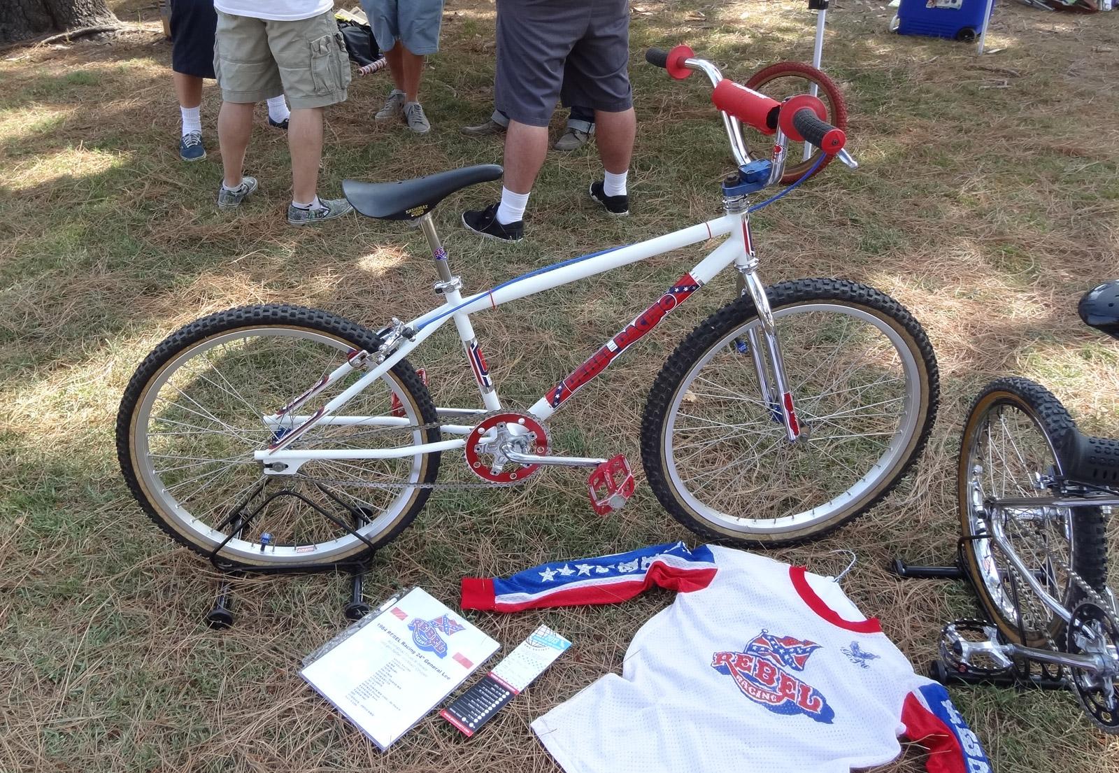http://uploads.bmxmuseum.com/user-images/8916/bikes435b7dc285de.jpg