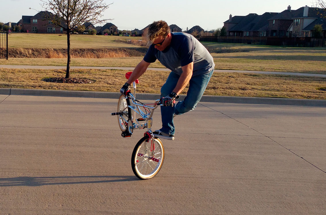 http://uploads.bmxmuseum.com/user-images/90304/c_ridin_t_whip_0159b7483b31.jpg