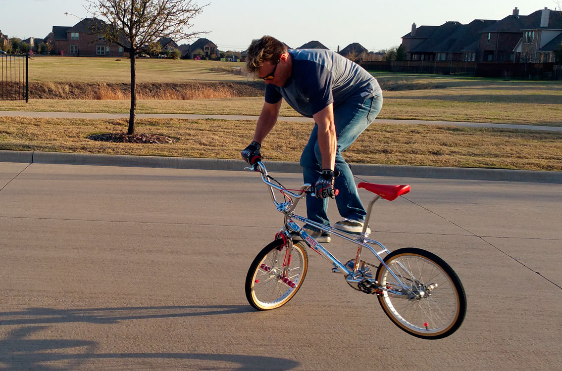 http://uploads.bmxmuseum.com/user-images/90304/c_ridin_t_whip_0259b74867b0.jpg
