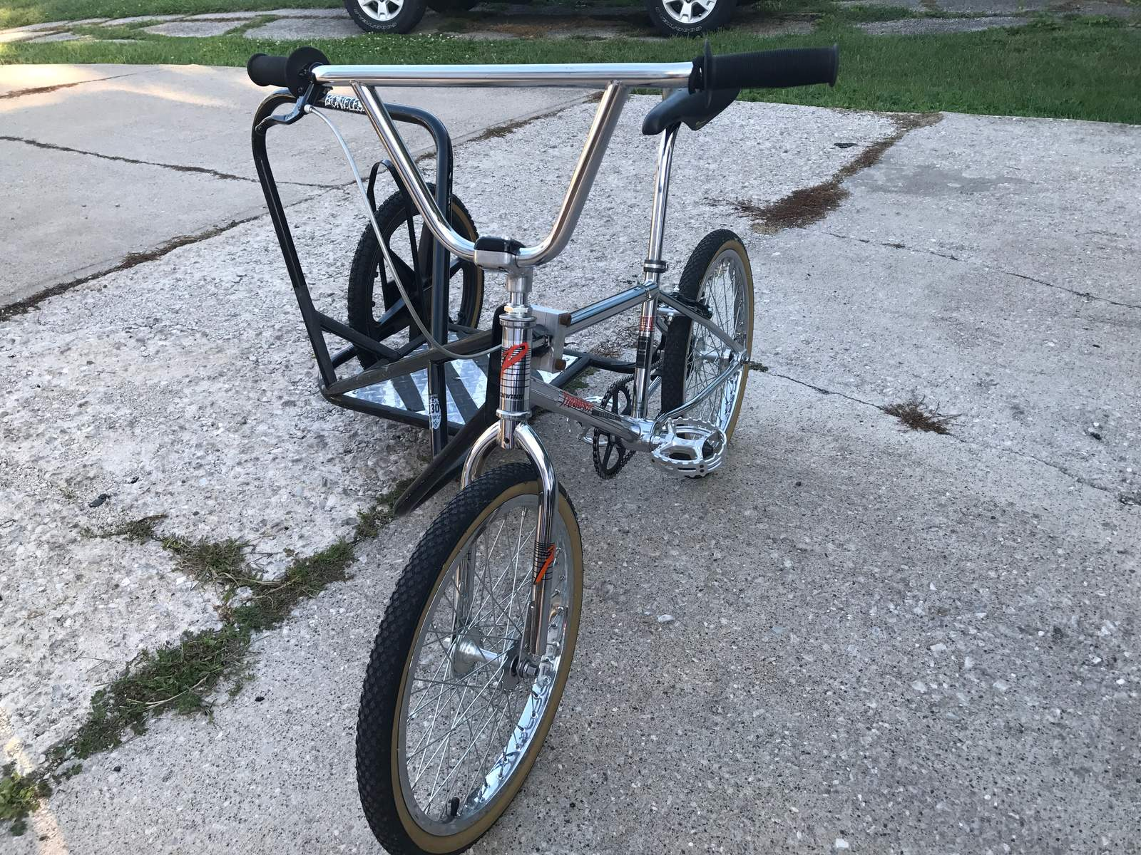 http://uploads.bmxmuseum.com/user-images/95057/684595b8-2461-4d08-b9e1-1278576be70e59a60b8e03.jpg