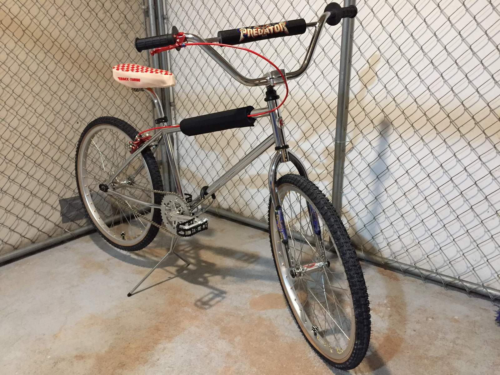 http://uploads.bmxmuseum.com/user-images/95057/img_251259a60a74be.jpg