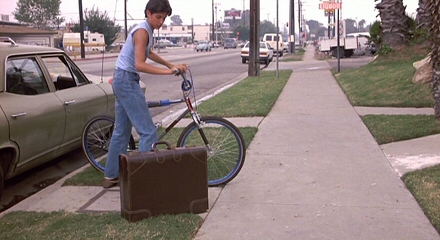 http://uploads.bmxmuseum.com/user-images/99538/karate-kid-filming-1984-locations-the-apartment-reseda-pic35c8343df14.jpg